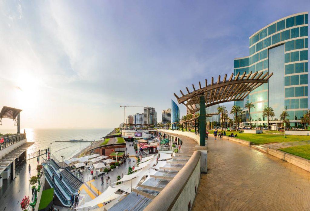 Centro Comercial Larcomar - Atracciones turísticas ede Lima