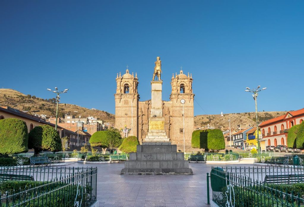 Plaza de Armas - donde ir a Puno