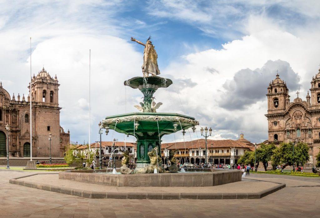 Plaza de Armas del Cusco - Sitios Turísticos en Cusco