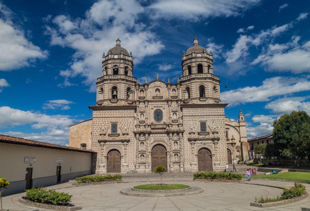 Iglesia de San Francisco - Atracciones en Cajamarca